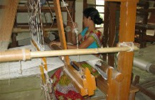FabricPlus supports weavers, company and staff to blossom
