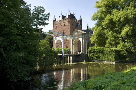 "Nyenrode symposium ""India revitalized"": 20 June 2014"