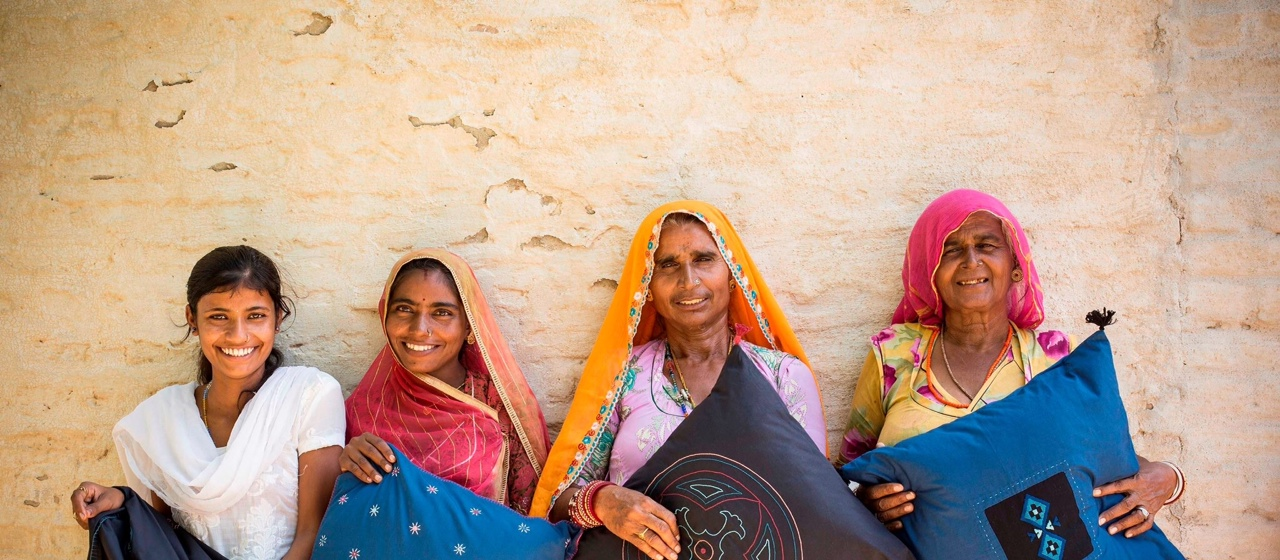 Adding colors to lives of women: Rangsutra